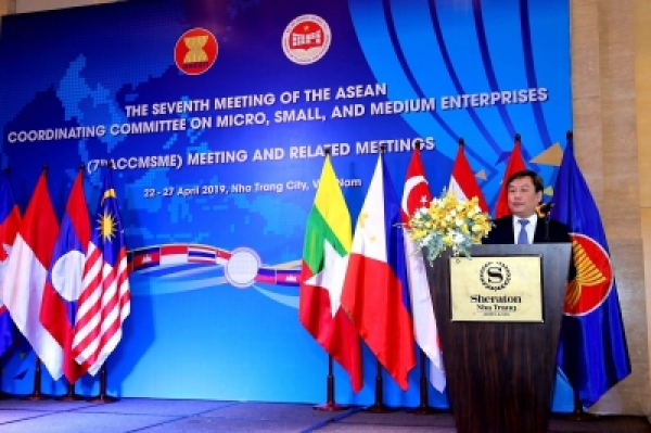 Improvement of Vietnamese small and medium enterprises competitiveness in international integration