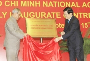 Indian President visits Ho Chi Minh National Academy of Politics and opens Indian Studies Center