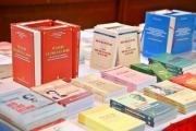 Sách lý luận chính trị với bảo vệ nền tảng tư tưởng của Đảng
