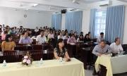 Vận dụng tư tưởng Hồ Chí Minh về học lý luận chính trị vào các trường chính trị