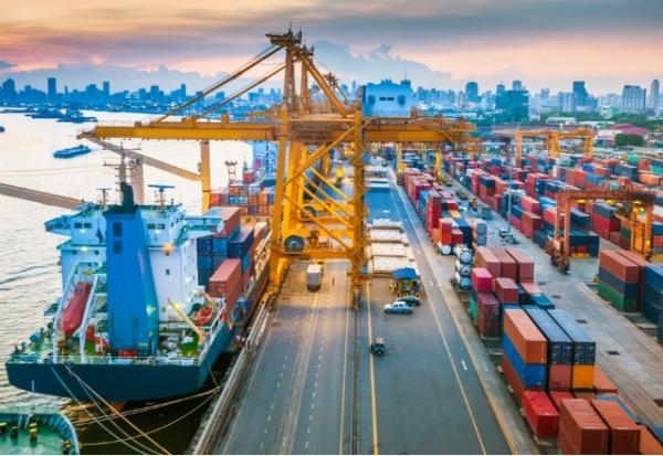 Giải quyết hài hòa quan hệ giữa lợi ích cá nhân và lợi ích xã hội trong điều kiện kinh tế thị trường ở Việt Nam hiện nay