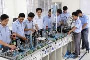 Nâng cao chất lượng nguồn nhân lực đáp ứng yêu cầu đổi mới mô hình tăng trưởng kinh tế Việt Nam
