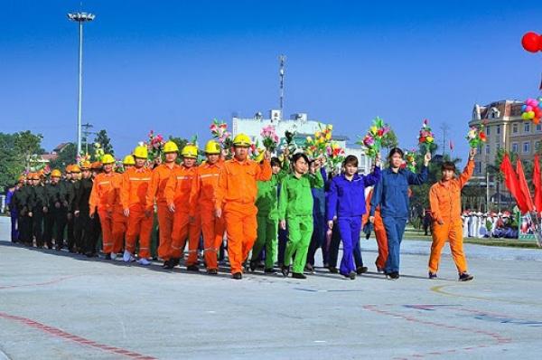 Sứ mệnh lịch sử của giai cấp công nhân và bản chất giai cấp công nhân của Đảng Cộng sản Việt Nam