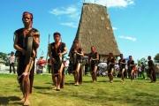 Phát huy giá trị văn hóa truyền thống các dân tộc thiểu số ở Tây Nguyên nhằm phát triển du lịch bền vững