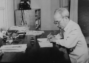 Sự sáng tạo của Hồ Chí Minh trong quá trình cải tổ và hoàn thiện Chính phủ nước Việt Nam Dân chủ Cộng hòa (từ tháng 8-1945 đến tháng 11-1946)