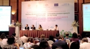"""Công bố Báo cáo nghiên cứu """"Hướng tới bình đẳng giới tại Việt Nam: Để tăng trưởng bao trùm có lợi cho phụ nữ"""""""