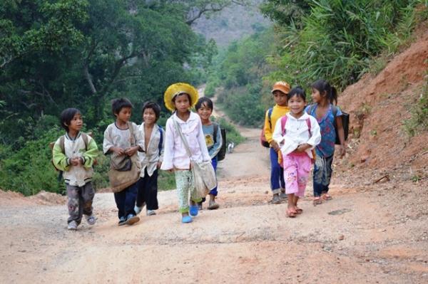 Cơ hội đi học ở Việt Nam - Từ cải cách giáo dục đến đổi mới căn bản, toàn diện giáo dục
