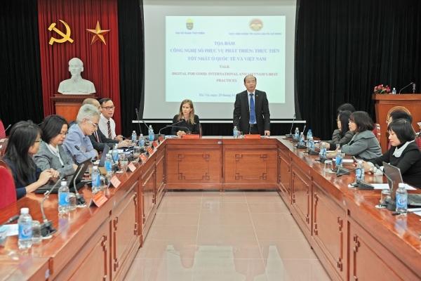 """Tọa đàm """"Công nghệ số phục vụ phát triển – Thực tiễn tốt nhất ở quốc tế và Việt Nam"""""""