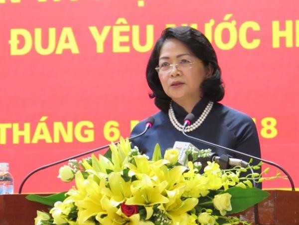 """""""Lời kêu gọi thi đua ái quốc"""" của Chủ tịch Hồ Chí Minh - Giá trị lý luận và thực tiễn đối với phong trào thi đua yêu nước hiện nay"""