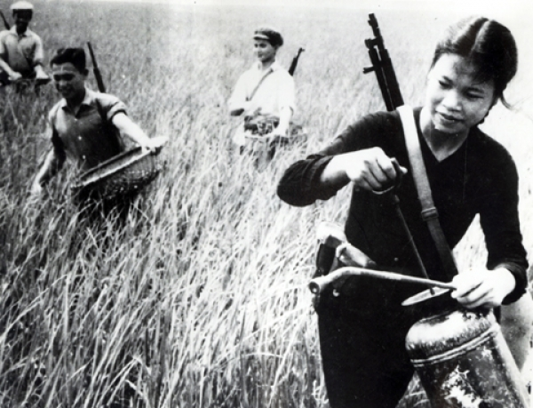 """Phong trào thi đua """"hai giỏi"""" ở Quảng Bình: biểu tượng sức mạnh đoàn kết toàn dân trong kháng chiến chống Mỹ cứu nước"""