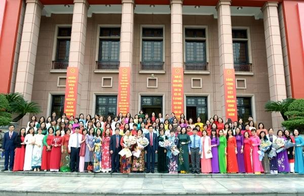 Công tác tổ chức - cán bộ góp phần phát triển đội ngũ giảng viên Học viện Chính trị quốc gia Hồ Chí Minh đáp ứng yêu cầu của giai đoạn mới