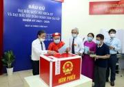 Vận dụng tư tưởng Hồ Chí Minh vào xây dựng Nhà nước ta hiện nay