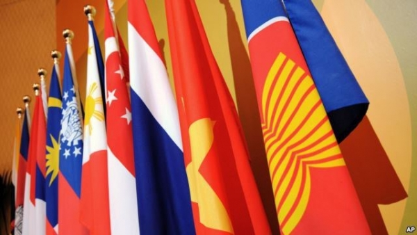 """Chiến lược của một số """"cường quốc"""" tại khu vực Đông Nam Á những năm đầu thế kỷ XXI và tác động đối với Việt Nam"""