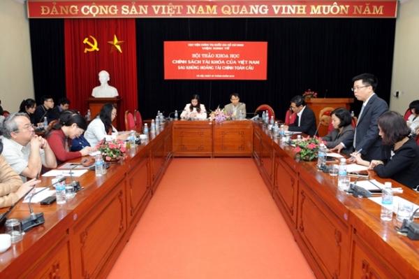"""Hội thảo """"Chính sách tài khóa của Việt Nam sau khủng hoảng tài chính toàn cầu"""""""
