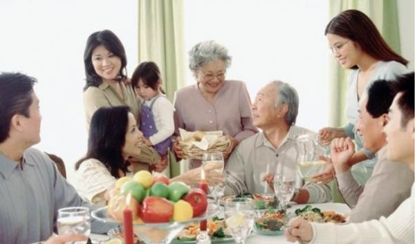 Phát huy vai trò của gia đình trong xây dựng đạo đức, lối sống văn hóa cho thanh, thiếu niên hiện nay