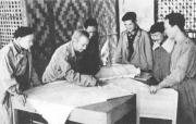Học tập và làm theo phong cách làm việc Hồ Chí Minh