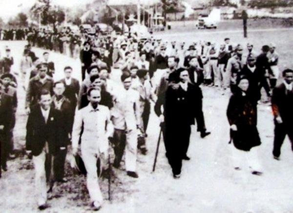 Ý chí Hồ Chí Minh trong việc xây dựng nền dân chủ cộng hòa ở Việt Nam qua cuộc Tổng tuyển cử năm 1946