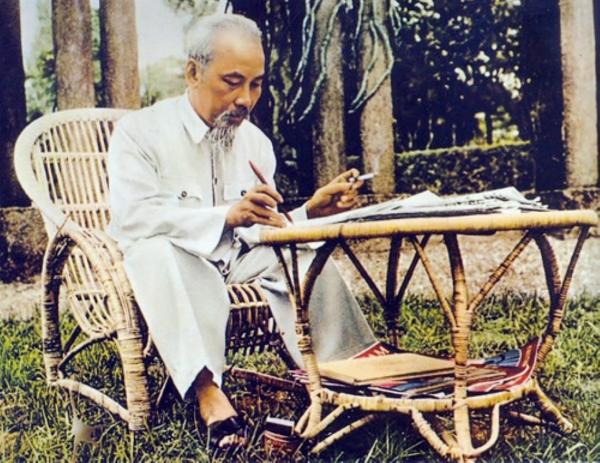 Sức sống trường tồn của tư tưởng, đạo đức, phong cách Hồ Chí Minh